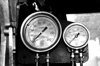 Dual Train Gauges